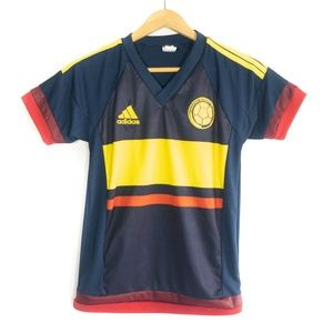 ✨3/$25✨Colombia Boy's Blue Soccer Jersey - 10
